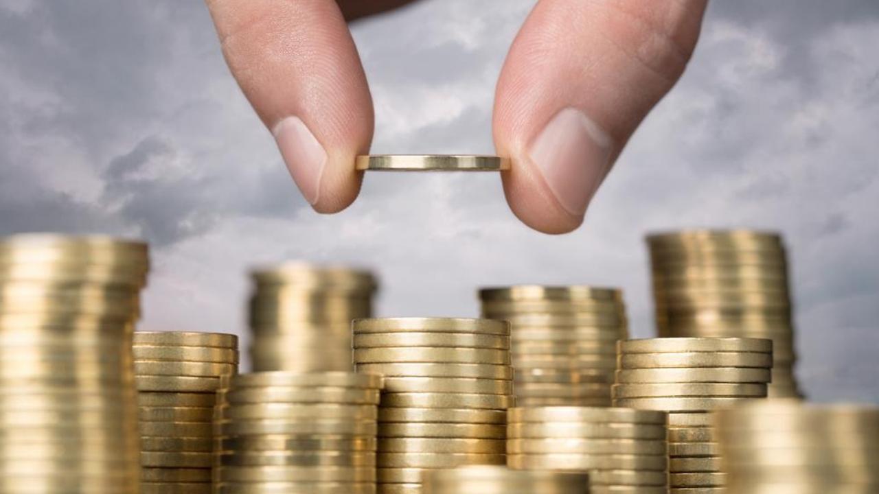 Quản lý tài chính cá nhân: Dễ hay khó, hay là bài học cả đời? | ELLE Man  Việt Nam